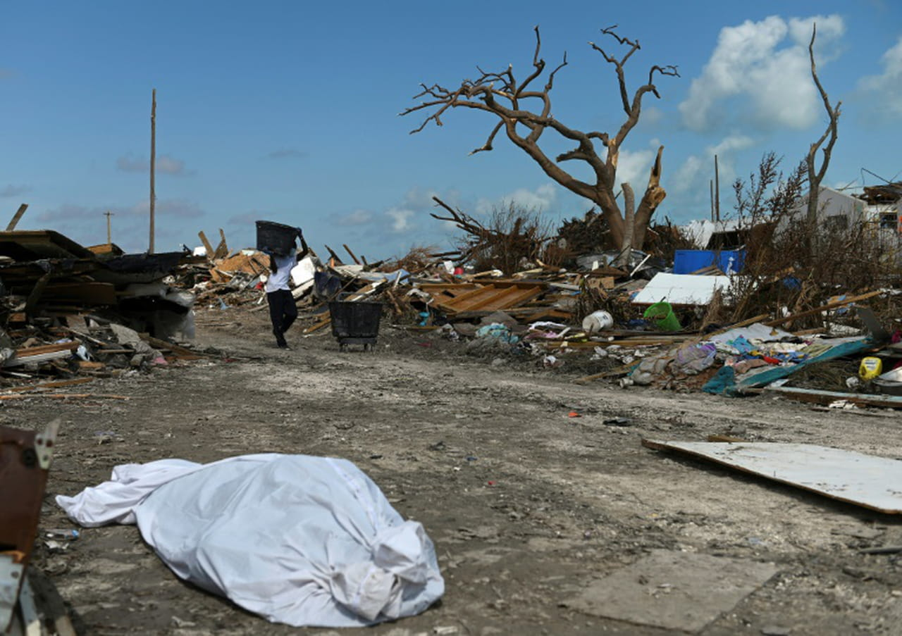 Bahamas: encore 2.500personnes non localisées après l'ouragan