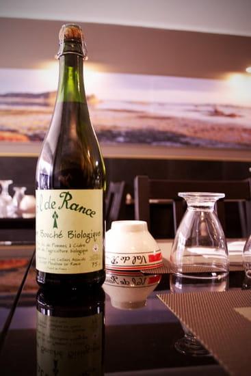 Chez Mamic  - La table -   © Xavier Aliot