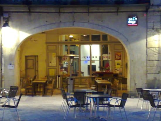 Loft Café restaurant  - Terrasse sur la Place d'Armagnac -