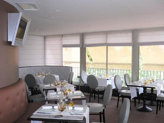 Parcours  - La salle du restaurant -
