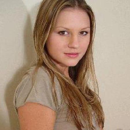 Nadine Serres