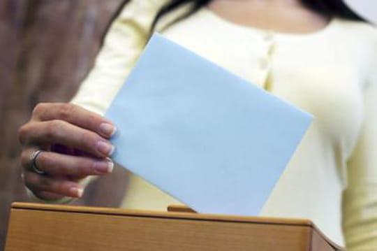 Bureau de vote: leshoraires changent dans plus de400villes