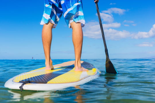 Paddle et stand up paddle: quelle différence?