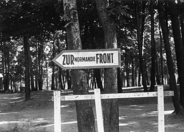 Vers le front de Normandie