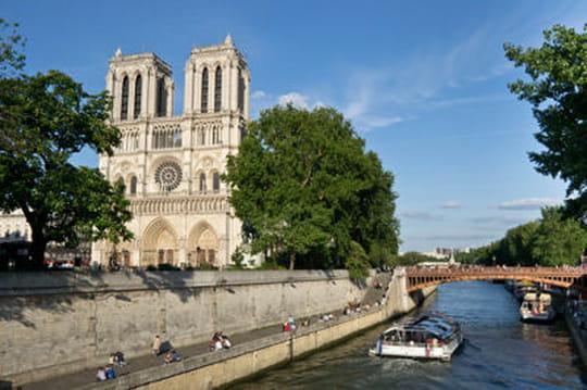 Balades à la découverte du coeur de Paris