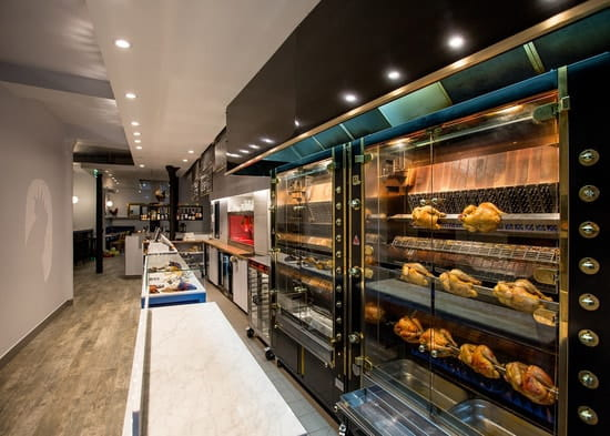 Solyles  - Rotisserie Contemporaine -   © Julian