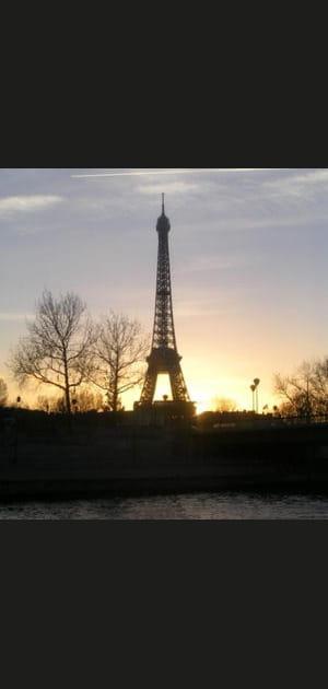 La Tour Eiffel déplacée chez Mickey