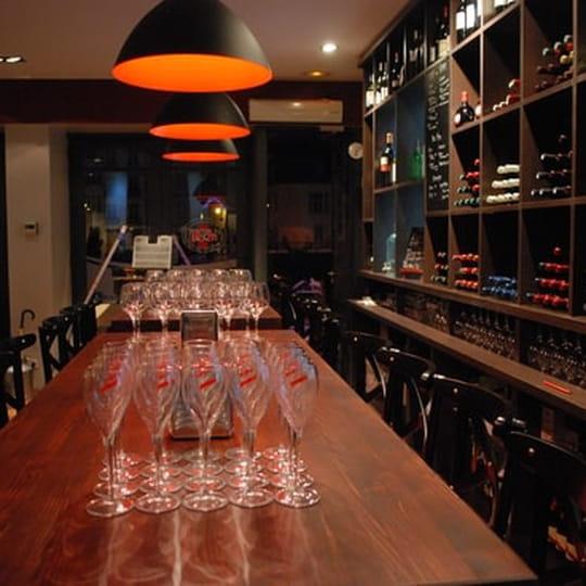 le bistrot itsaski restaurant basque bayonne avec linternaute. Black Bedroom Furniture Sets. Home Design Ideas