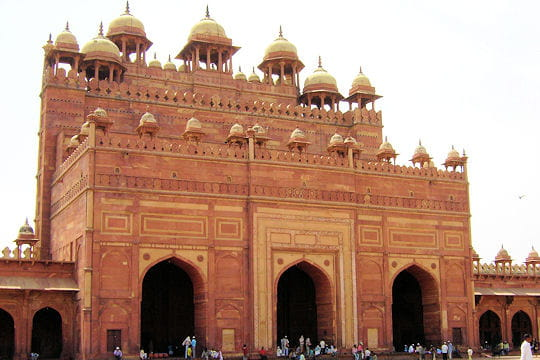 Une porte monumentale