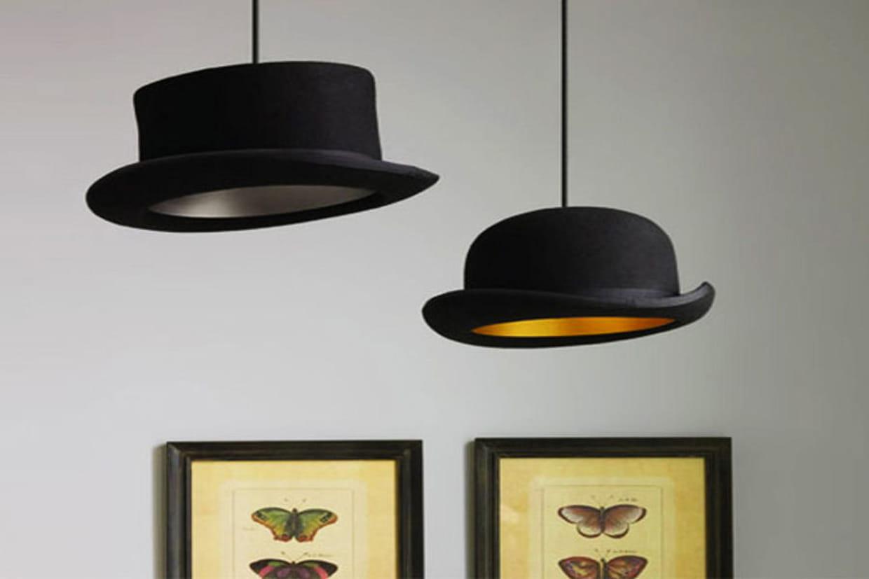 des lampes chapeau. Black Bedroom Furniture Sets. Home Design Ideas