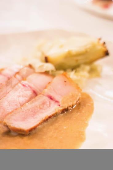 Plat : Mariette  - Carre de porc au fenouil-Restaurant Mariette -   © Mariette