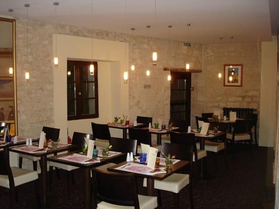 Le Coq d'Or  - Une salle du restaurant -