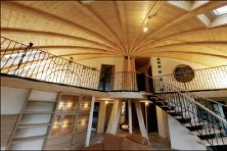 monter cette maison c 39 est comme monter un immense meuble ik a. Black Bedroom Furniture Sets. Home Design Ideas