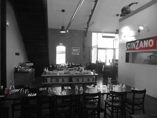 Les Tontons Restaurant  - Salle Intérieure principale des Tontons -   © Emilie Rouaud