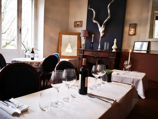 Restaurant : Le P'tit Louis  - Une salle cosy où se réunir entre amis. -   © Marand Nicolas