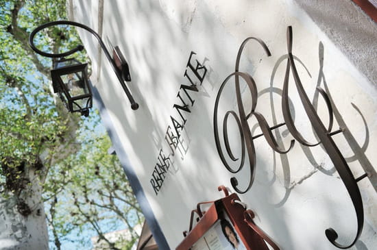 L'Auberge de la Reine Jeanne  - façade -