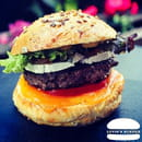 Plat : Luvin's Burger  - Burger – Le Caramélisé -   © Luvin's Burger
