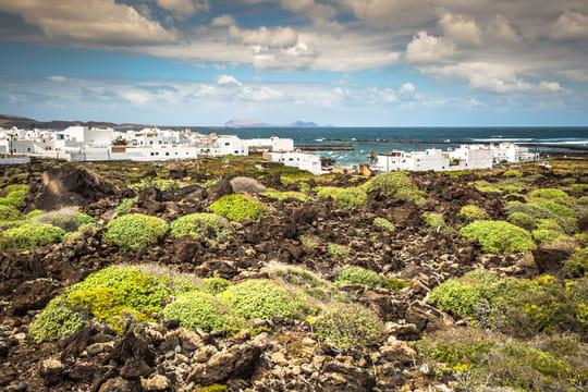 Lanzarote: une île volcanique aux plages de rêve