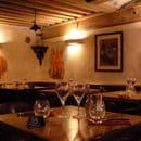 Bouchon lyonnais Chez Louise  - Salle du restaurant Chez Louise -   © Com Impact