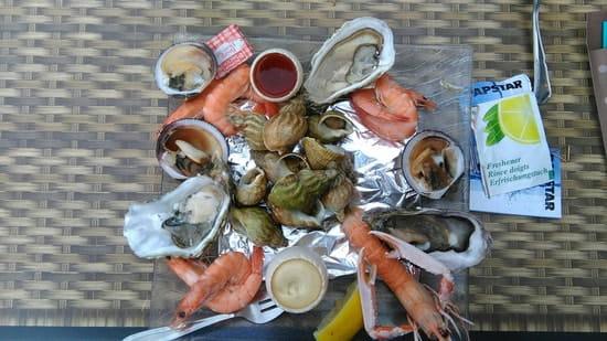 Entrée : Le Victor Hugo  - Assiette de fruits de mer -