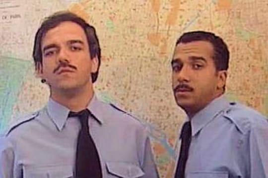Les Inconnus: le commissariat de police