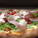 La Piazza  - Pizza roquetta.. -