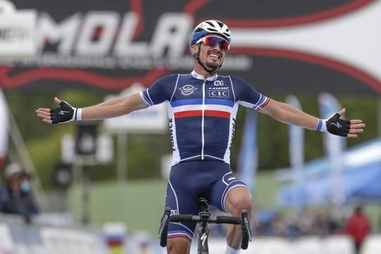 Championnat du monde de cyclisme2020: l'arrivée victorieuse d'Alaphilippe en vidéo