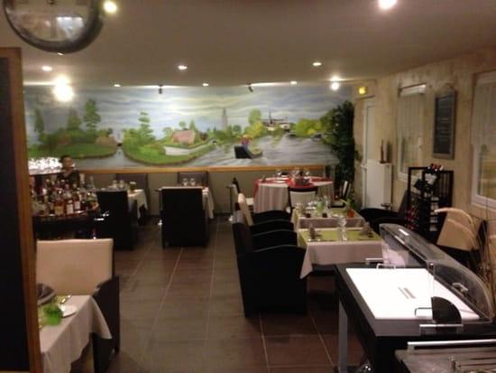 Restaurant : Auberge des hortillonnages  - Salle à manger -