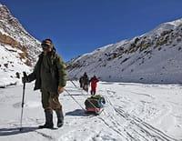 Chemins d'école, chemins de tous les dangers : L'Himalaya