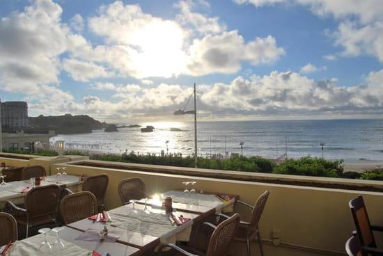 Le Victoria  - Notre belle terrasse avec vue sur la grande plage -