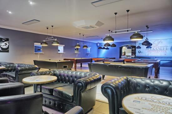 Restaurant : L'Alexandre  - La salle de billard -   © Philippe G.