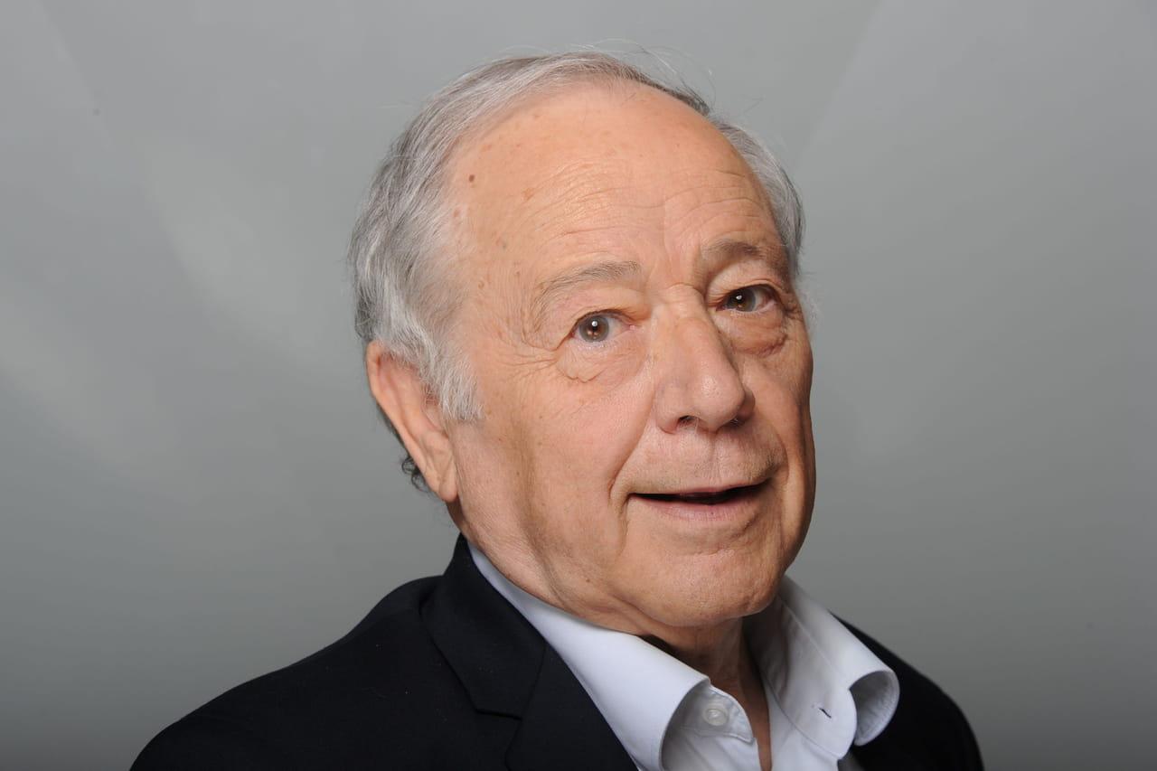 Mort d'Eugène Saccomano: Bernard Tapie inconsolable, les réactions
