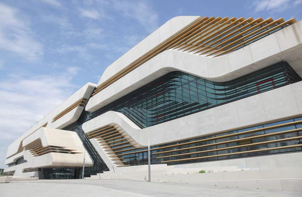 Zaha Hadid - Le bâtiment Pierresvives à Montpellier