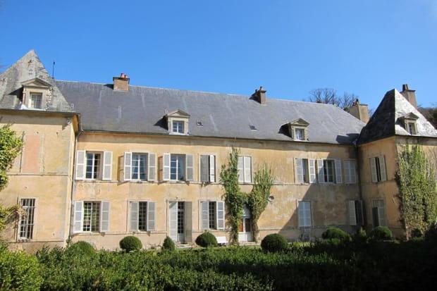 Le château parfait en Bourgogne