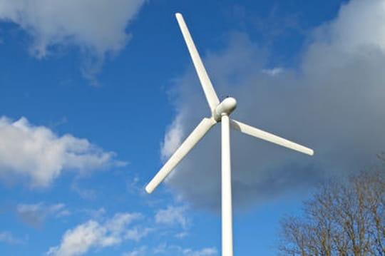 Installer une éolienne chez soi: modalités, coût, rentabilité...