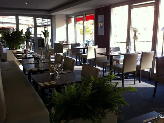 Brasserie restaurant le 9  - salle restaurant -   © thierry jost