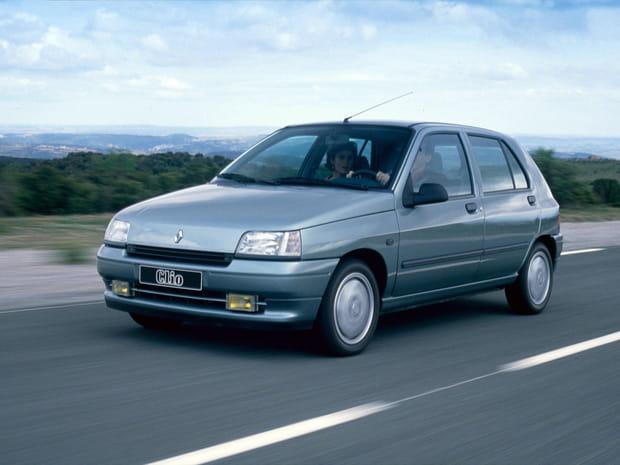 Numéro 23 : Renault Clio 1