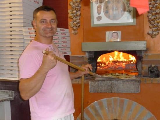 Aux Saveurs du Monde  - frank,votre pizzaiolo préféré -   © frank