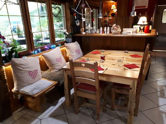 Restaurant : Le Vieux Terroir  - Decoration -   © Restaurant