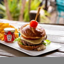 Plat : Le Jardin des Sablons  - Hamburger de Veau -   © Les Sablons