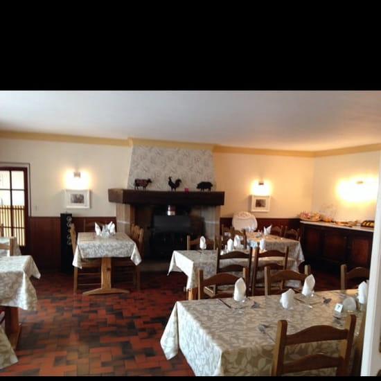 Restaurant : Hotel le Bellerive  - Photo hôtel restaurant Bellerive -