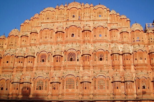 Une impressionante façade en Inde