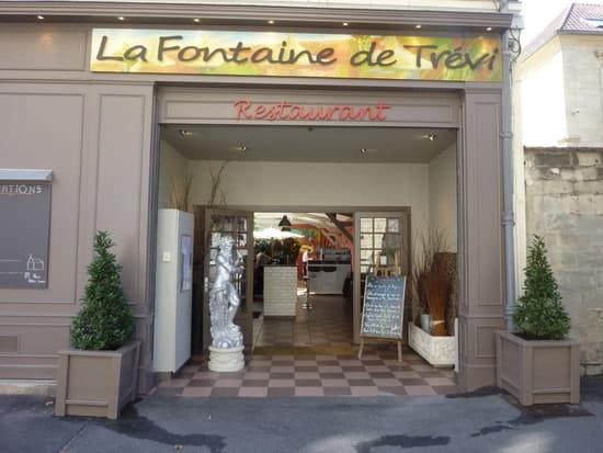 La Fontaine de Trévi  - La façade -