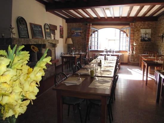 Hôtel Restaurant le Bourgogne  - 1ère salle a manger -