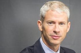 """Franck Riester:""""Il faut réduire par deux le nombre des parlementaires"""""""
