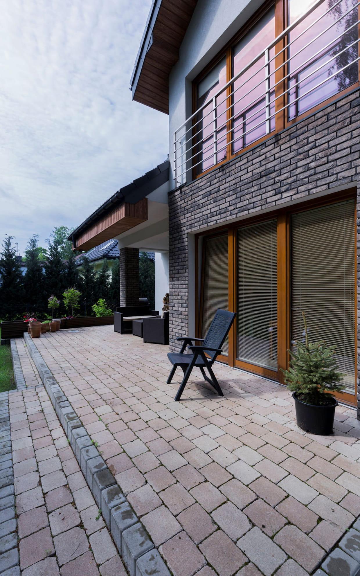Bicarbonate De Soude Pour Terrasse nettoyer le sol d'une terrasse en pierre naturelle