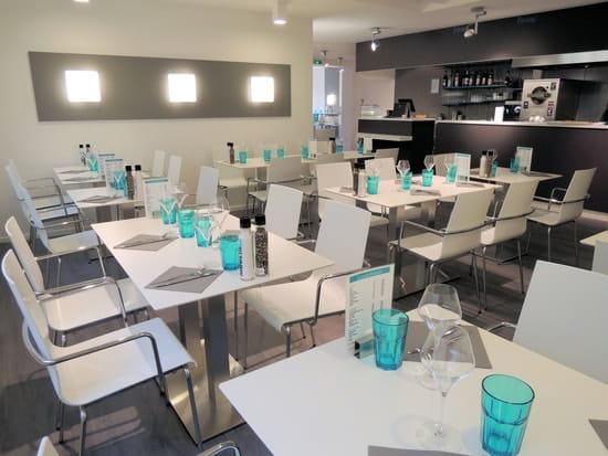 Vapeurs et Gourmandises  - salle de 46 places -
