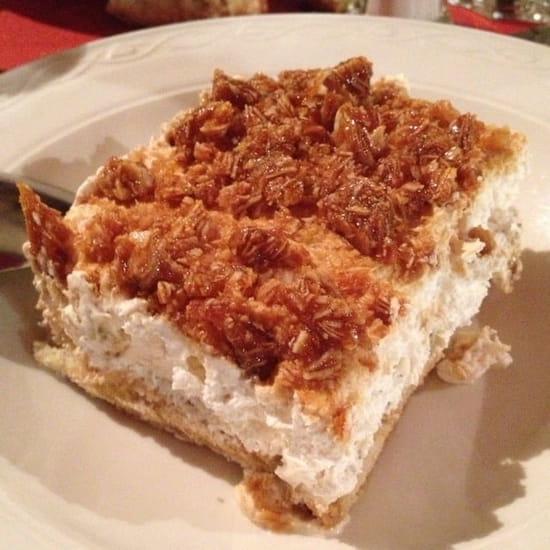 Dessert : Trattoria Pulcinella  - Dessert composé de creme, biscuit au café et amandes caramélisées... Un délice! -