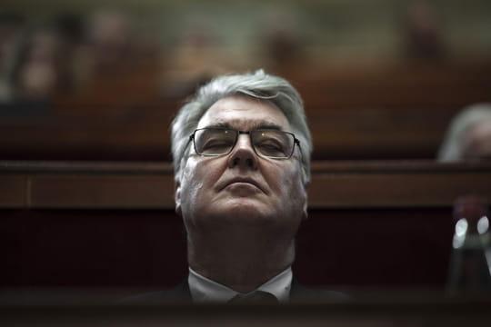 """DIRECT - Démission de Jean-Paul Delevoye: qui pour remplacer le """"ministre des retraites""""?"""