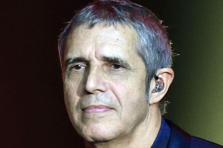 Comment il a été agressé avec sa fille — Julien Clerc